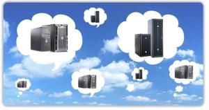 Computer con la testa tra le nuvole